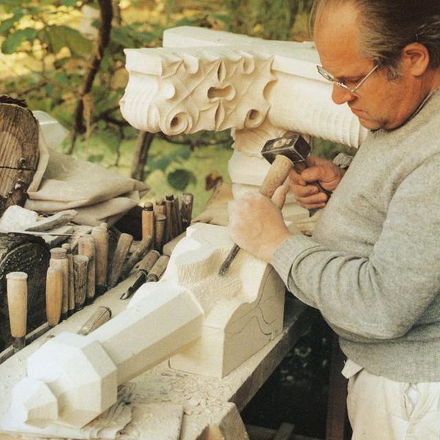 Artisan sculpteur à Moullins