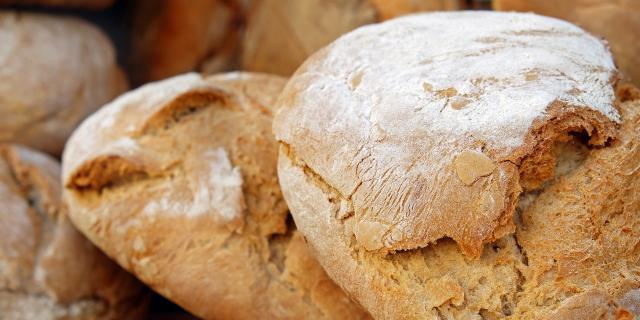 bread-2193537-1920.jpg